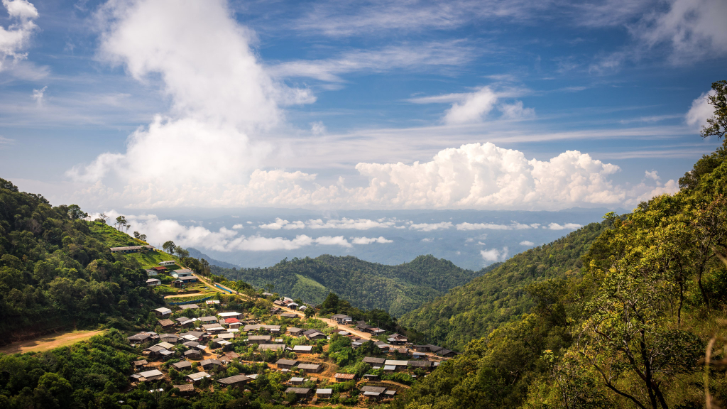 Le village dans les nuages