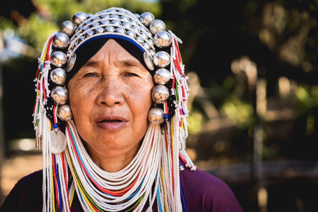 Akha women femme