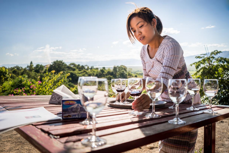 dégustation de vin au lac Inlé