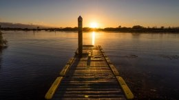 Lever de soleil sur le lac Taupo