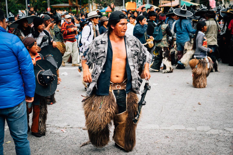 Homme carré, Cotacachi