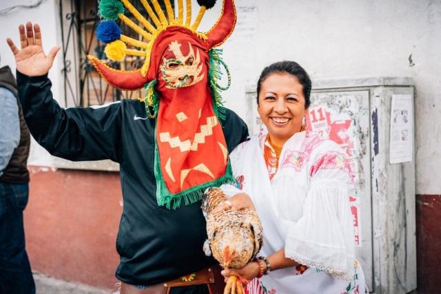 Homme, femme et poule, San Pablo