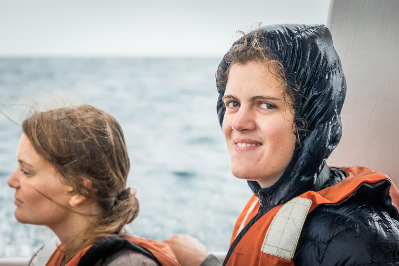 Bénédicte sur le bateau à Puerto Lopez