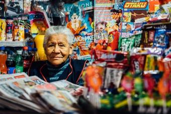 Marchande de kiosque à Lima