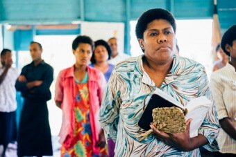 Fidjienne à la messe