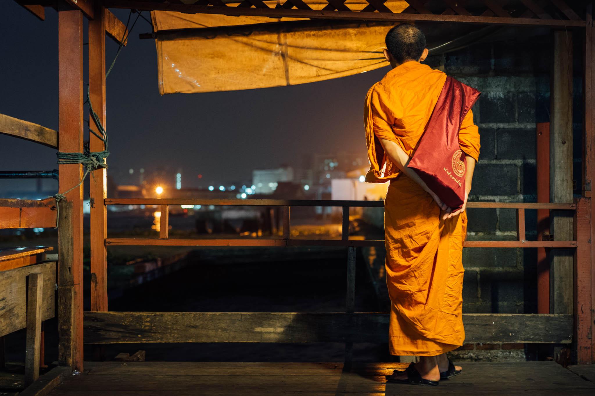 Moine Bangkok Nuit