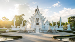 White temple chiang raï