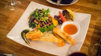 Diner d'insectes à Siem Reap au Cambodge