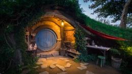 Maison de hobbit de nuit, Hobbiton