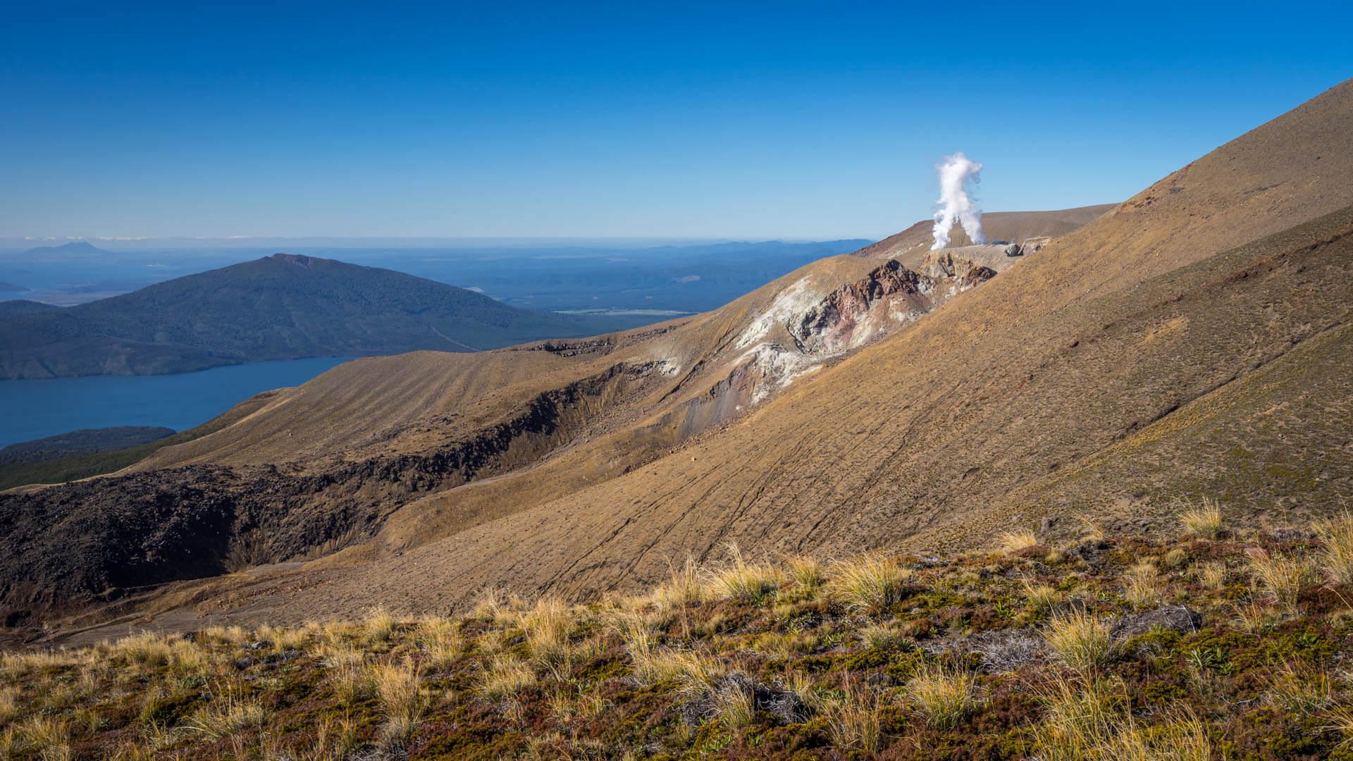 Tongariro Alpine Crossing descente