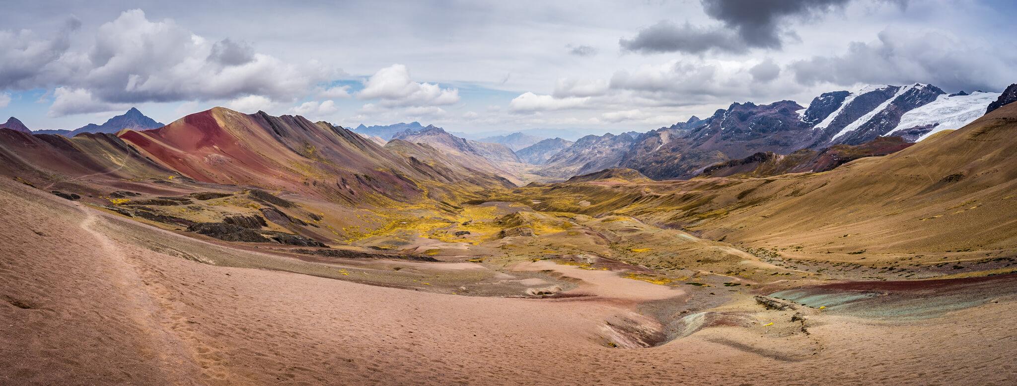 Panorama montagnes colorées Pérou